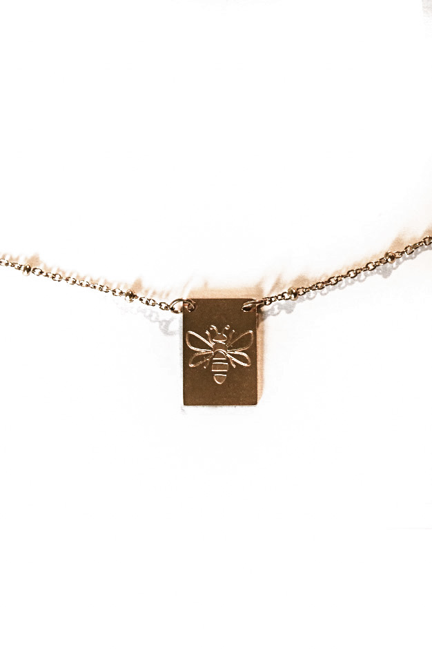 NECKLACE QUEEN BEE | GOLD STAINLESS STEEL
